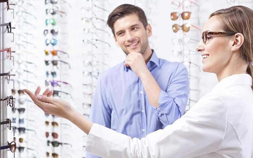 Choosing the Right Eyeglasses